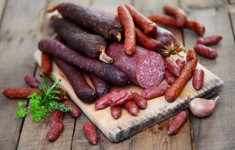 Photo wallpaper greens, sausage, garlic, specialties