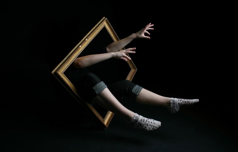 Photo wallpaper feet, frame, hands