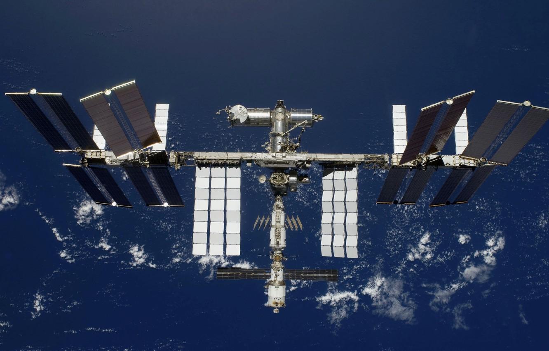 Photo wallpaper station, orbit, flight, solar, battery, modules