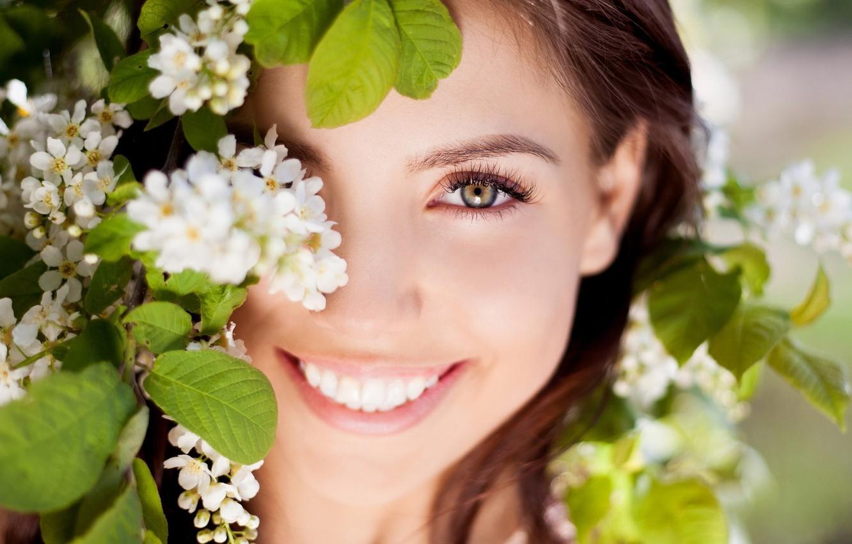 Photo wallpaper eyes, look, leaves, girl, joy, flowers, nature, face, smile, background, Wallpaper, mood, laughter, positive, brunette, …