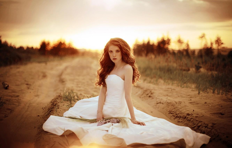 Photo wallpaper road, sand, girl, flowers, dress, the bride, Tanya Turgenev, Runаway bride