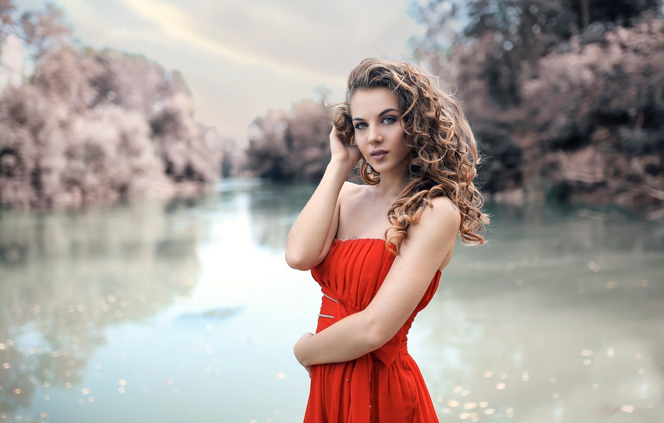 Photo wallpaper makeup, in red, curls, Alessandro Di Cicco, River Flows