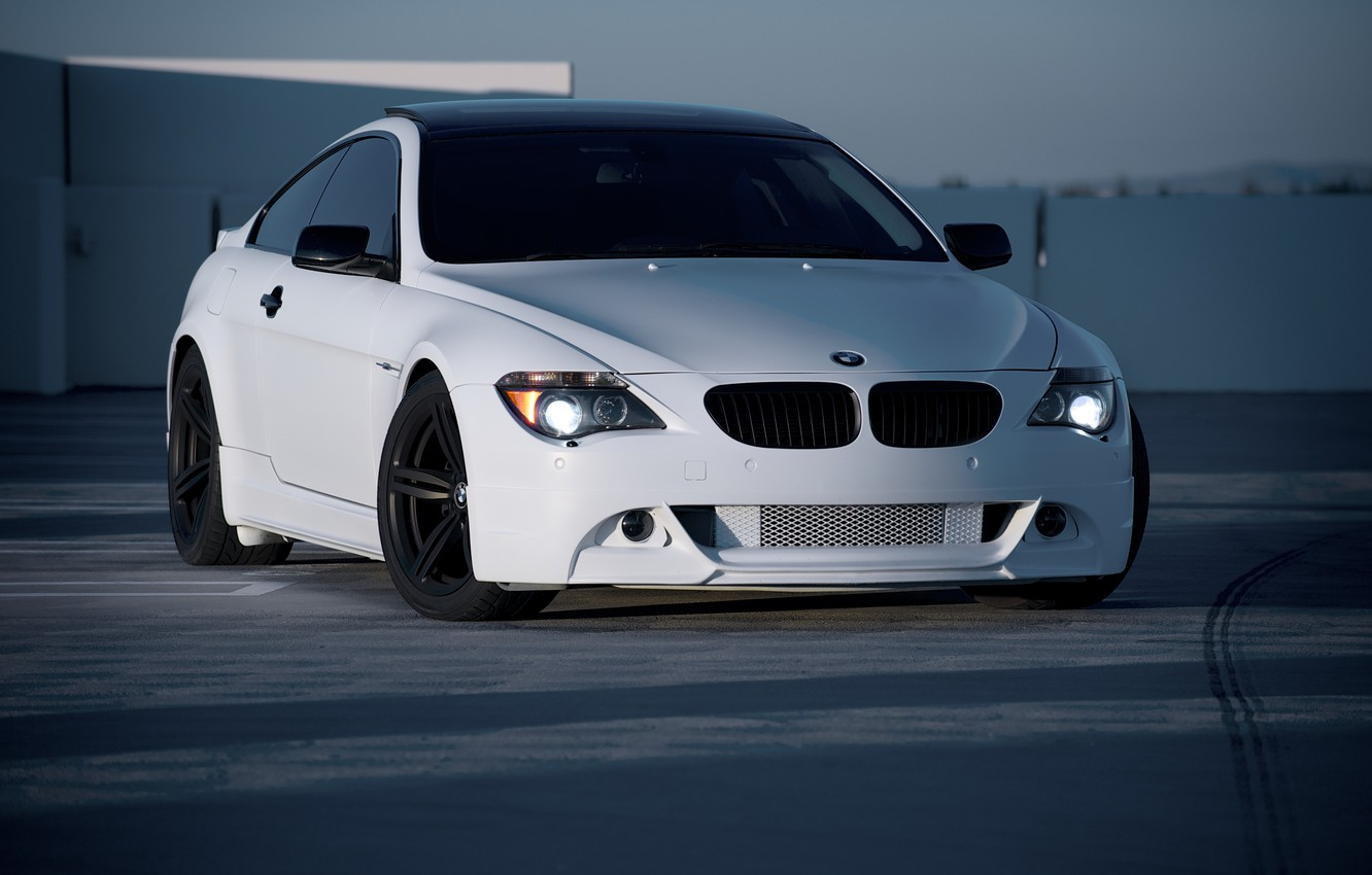 Photo wallpaper roof, white, bmw, BMW, Parking, white, front view, e63