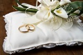 Picture flowers, cushion, engagement rings