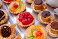 Picture berries, chocolate, strawberry, sweets, fruit, dessert, cakes, glaze, baskets