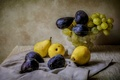 Picture vase, still life, fruit, figs, grapes, pear
